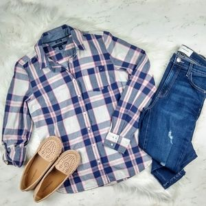Tommy Hilfiger Classic Fit Plaid Button Down Shirt